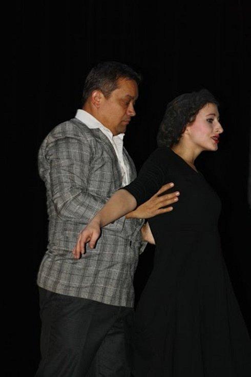 S tanečním vystoupením Edith Piaf se představili v sobotu 19. prosince v sokolovně žáci tanečního oboru Základní umělecké školy v Hranicích.