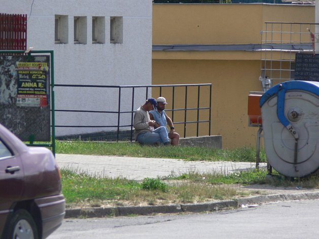 Nová vyhláška začíná platit.Svobodné popíjení alkoholu na veřejných prostranstvích v Hranicích je zakázáno.