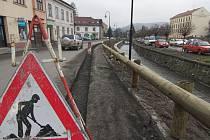 Oprava Komenského ulice v Hranicích.
