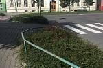 Zelené plochy v Hranicích - často lemované nevzhledným zábradlím