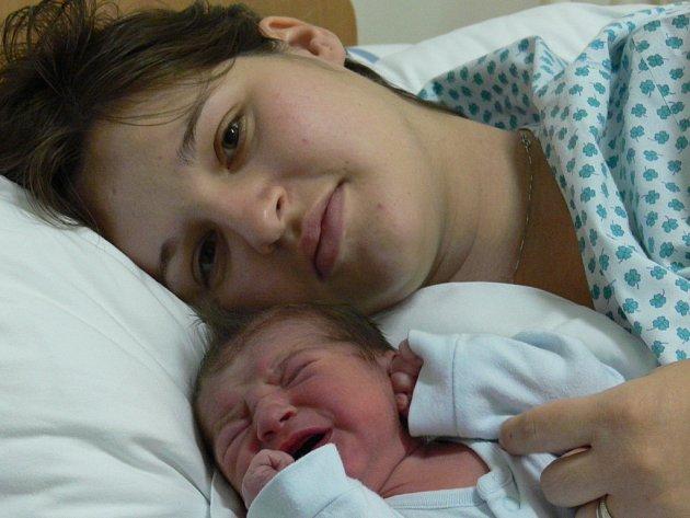 Petra Hýbnerová, Přerov, syn Tomáš Hýbner, narozen: 15. 11. 2007 v Přerově, váha: 3,19 kg