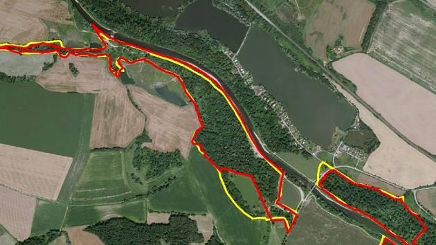 Přírodní památka v Hustopečích nad Bečvou v lokalitě Štěrkáč. Zákres území (červeně je zaznačena hranice přírodní památky, žlutě pak hranice EVL)