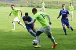 Fotbalisté Bělotína (v zelené)