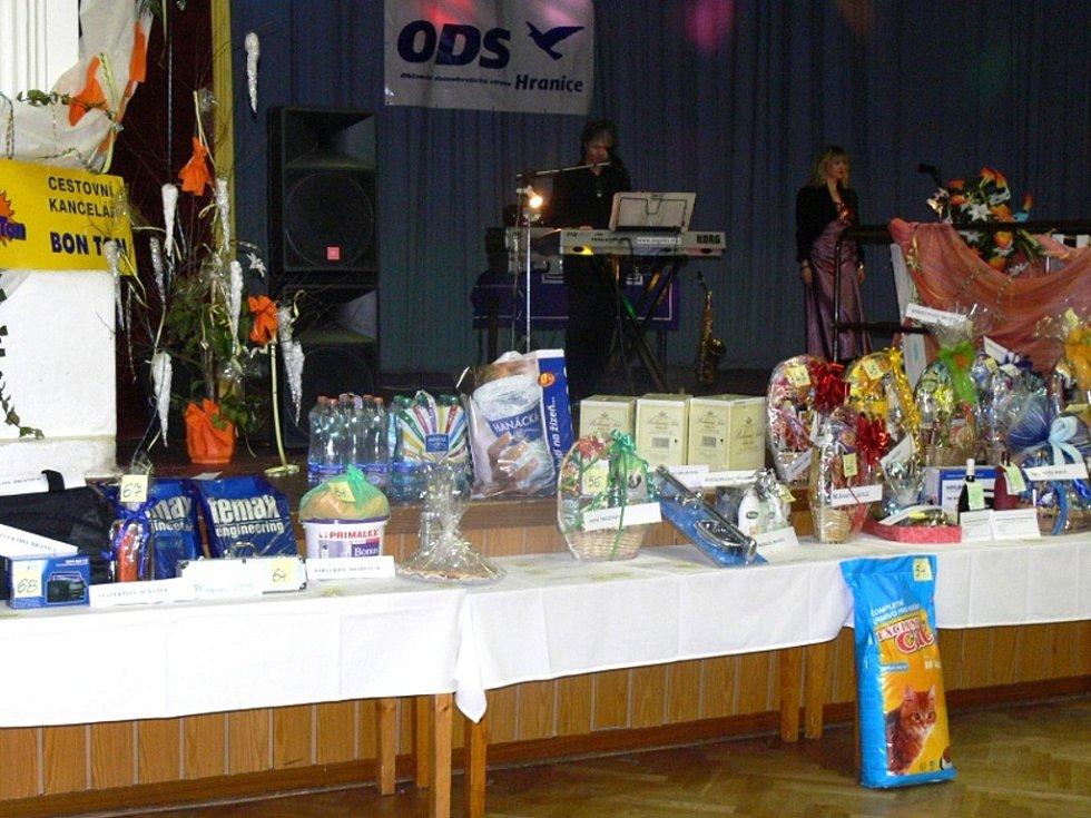 V sobotu patřila hranická Sokolovna Plesu podnikatelů.