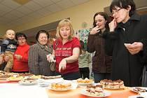V soutěži o Špičkový koláč se sešlo celkem třicet vzorků.