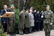 Lidé v Hranicích si připomněli padlé veterány u mauzolea obětí první světové války na Městském hřbitově
