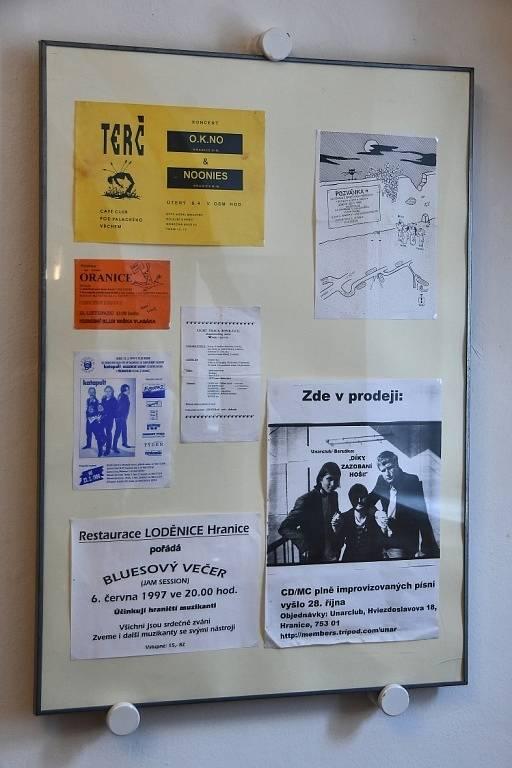 Vernisáž výstavy Hranická rocková scéna devadesátých let v Galerii Stará radnice, čtvrtek 23. září 2021.