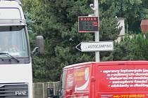 S radarem na Smetanově nábřeží v Hranicích jsou v posledních týdnech trvalé potíže.