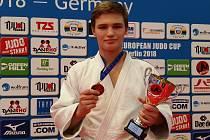 Kadet Judo Železo Hranice Martin Bezděk vybojoval bronz na Evropském poháru v Berlíně. Zároveň se kvalifikoval na ME