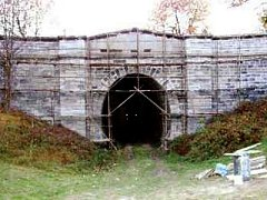 Tunel ve Slavíči.