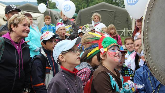 Děti z dětských domovů se v sobotu přenesly na Divoký západ, dorazil rekordní počet dětí