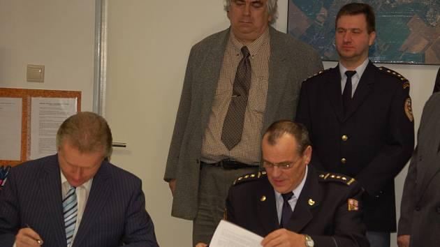 Zástupci magistrátu slavnostně otevřeli krizové centrum v Přerově.