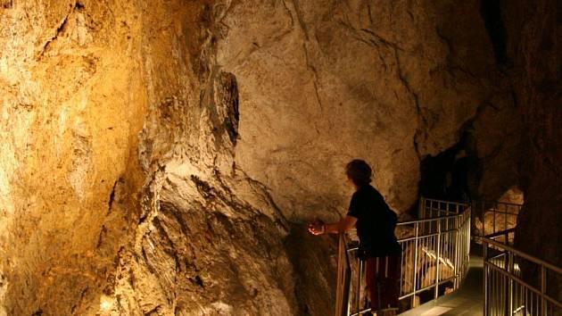 Podzemní prostory Zbrašovských aragonitových jeskyní jsou pro návštěvníky velkým lákadlem.