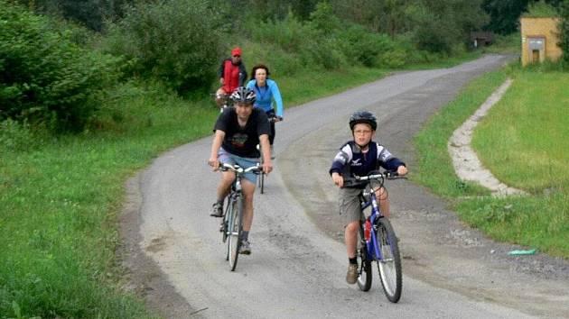 Více než sedmdesát kilometrů dlouhá cyklostezka Bečva bude mít v letošním roce dva nové vyasfaltované úseky.