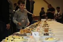 Ve Špičkách se uskutečnila tradiční soutěž O nejlepší koláč a slivovici.