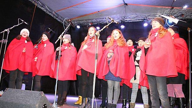 Česko zpívá koledy 2019 v Hranicích