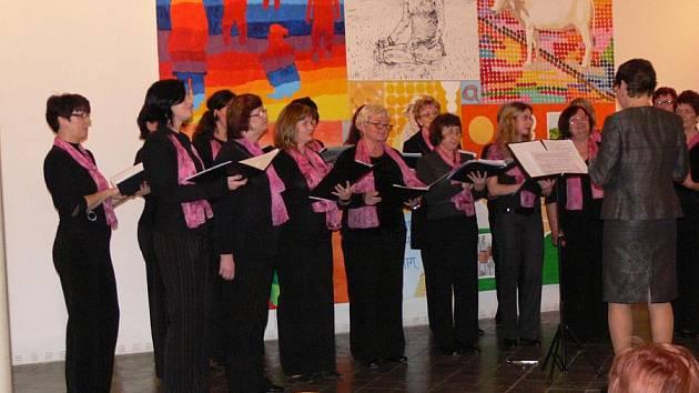 Sobotní koncert v Synagoze proběhl v rámci dvacátého výročí od založení sboru