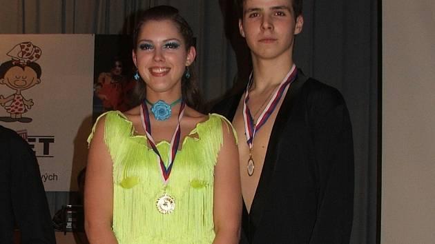 1. místo zíslal Alexandr Vícena a Milena Sotolářová z A-klubu Hranice.