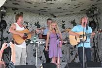 Na Rybníčku v Olšovci vystoupila celá řada kapel