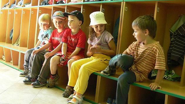 Děti z Mateřské školy Klíček na Struhlovsku. Ilustrační foto