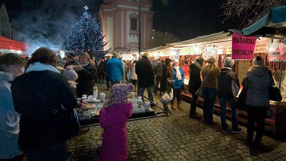 Hranické vánoce na náměstí TGM. Ilustrační foto