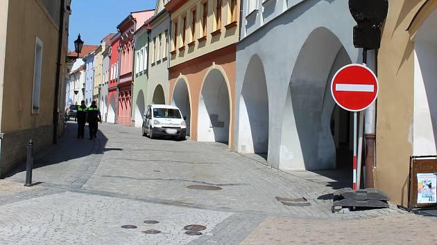 Změny v dopravě v centru Hranic.