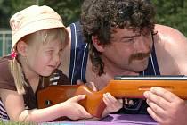 Kozlovické děti si na Den dětí užily řadu soutěží.