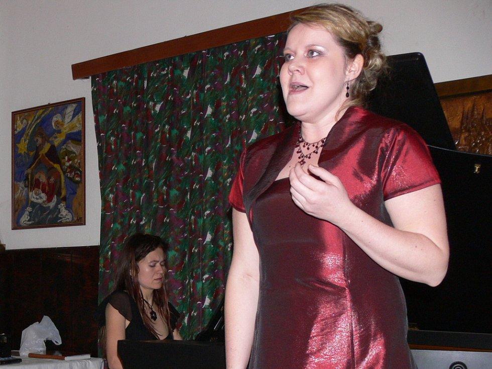 Obě umělkyně si pro posluchače připravily různorodý repertoár.