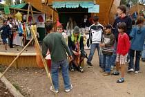 Děti z dětského domova ve Veselíčku se letos už potřetí zúčastní celostátní akce Jarmark pro šikovné ručičky.