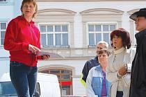 Poprvé se letos lidé vydali s průvodcem na prohlídku Lipníka nad Bečvou ve čtvrtek 1. května.