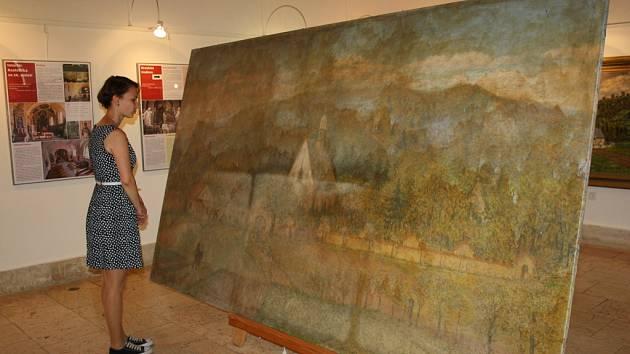 Monumentální obraz Aloise Hrdličky ve výstavní síni Staré radnice v Hranicích