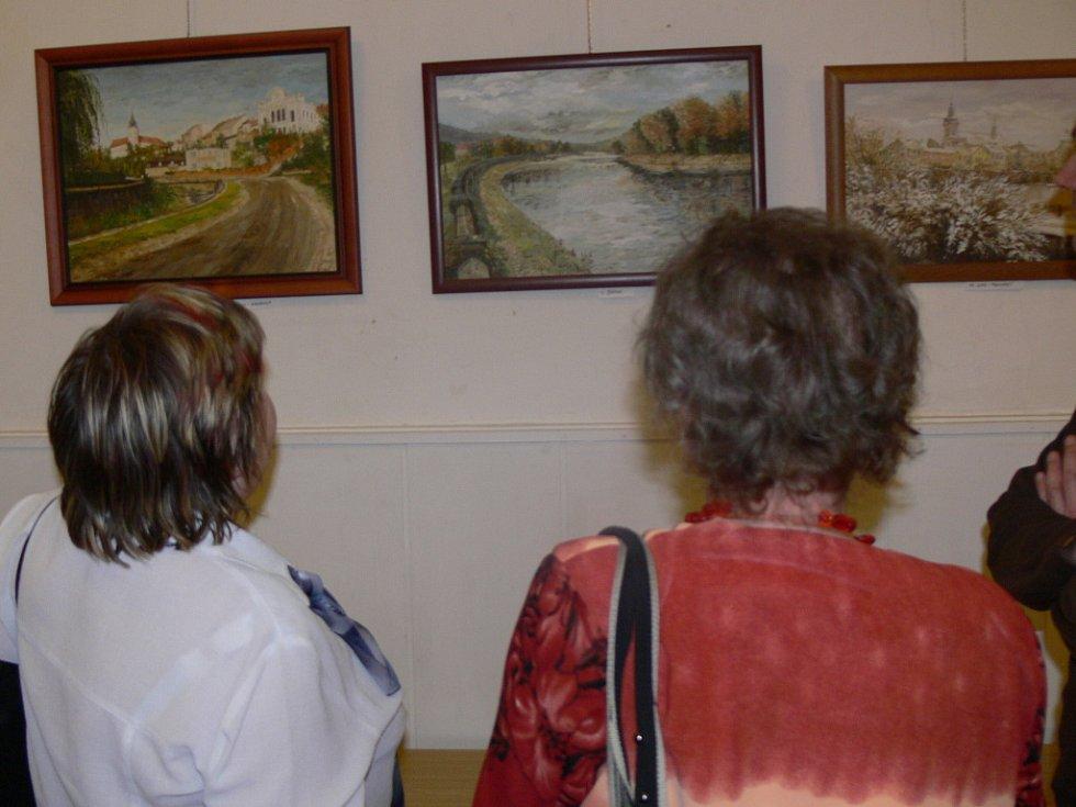 Obrazy hranické malířky a kuchařky v jedné osobě Ludmily Kočišové jsou k vidění v hranické galerii M+M.