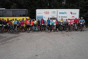 Malhotičtí vyrazili na cyklovýlet na Valachy.