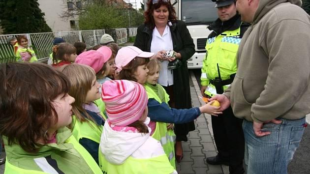Pokárání od dětí mělo podle strážníků na řidiče větší vliv než pokuta.