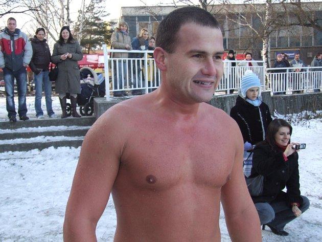 Pavel Poljanský se o překonání českého rekordu budou pokoušet v pátek 18. ledna v Bruntále.