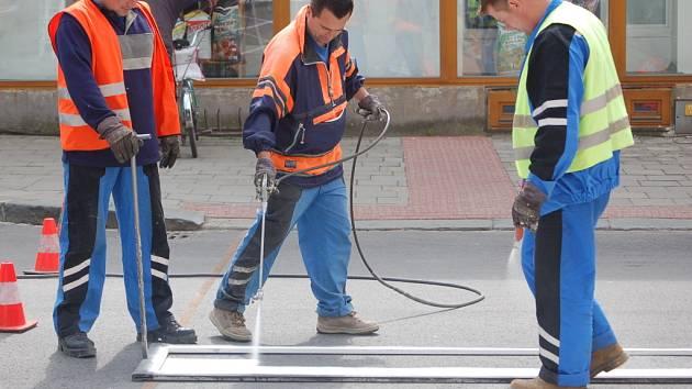 Na některých místech v Přerově jsou doplněny přechody pro chodce.