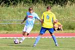 Fotbalisté Hranic (v modrém) doma padli s Kozlovicemi.