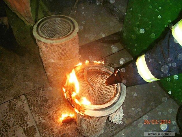 Likvidace požáru filtrační technologie v Tovární ulici v Hranicích