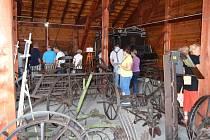 Zástupci obce Bělotín a Hranické rozvojové agentury slavnostně otevřeli v malém polském městečku Kolonowskie stodolu, kde byla veřejnosti představena první část projektu Venkovská muzea pod společnou střechou.