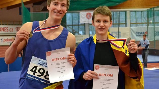 Hranický atlet Vojtěch Podjukl (vpravo)