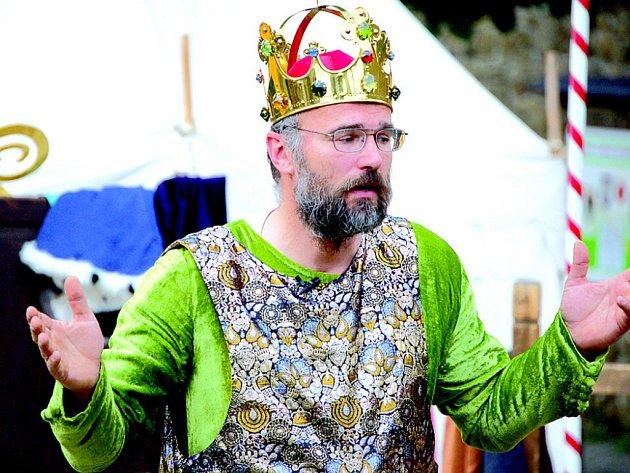Kolik uměl jazyků? Jaké měl nemoci? Odpovědi na tyto otázky, ale i další zajímavosti a fakta se mohli o víkendu dozvědět návštěvníci romantického hradu Helfštýn.