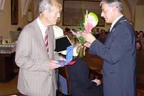 V loňském roce obdržel cenu města historik Miroslav Černý z Drahotuš.