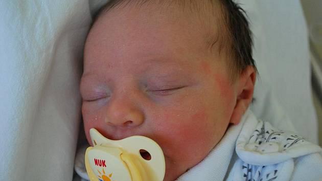Gabriela Huňková, Přerov, narozena 24. května 2011 v Přerově, míra 50 cm, váha 3 100 g