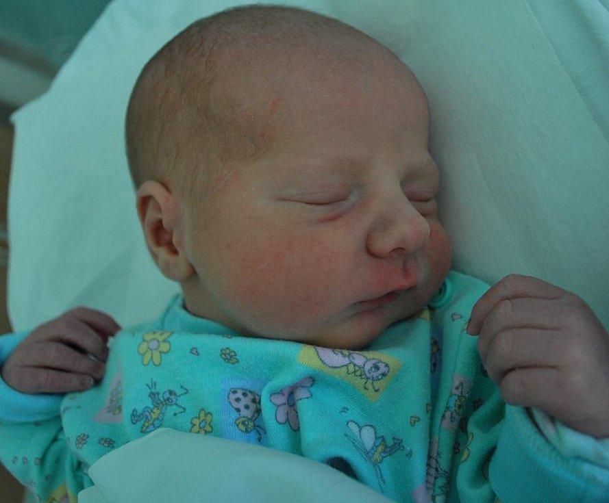 Michael Školoudík, Pavlovice u Přerova, narozen 25. května 2011 v Přerově, míra 51 cm, váha 3 250 g