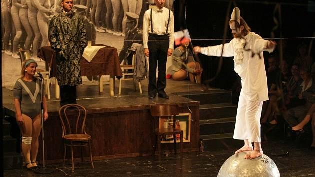 Cirkus Havel aneb My všichni jsme Láďa v provedení Divadla Husa na provázku