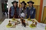Porotu nejvíc zaujala Indiánská svačinka týmu Veselý kovboj, který pohostil členy Policie ČR v Hranicích