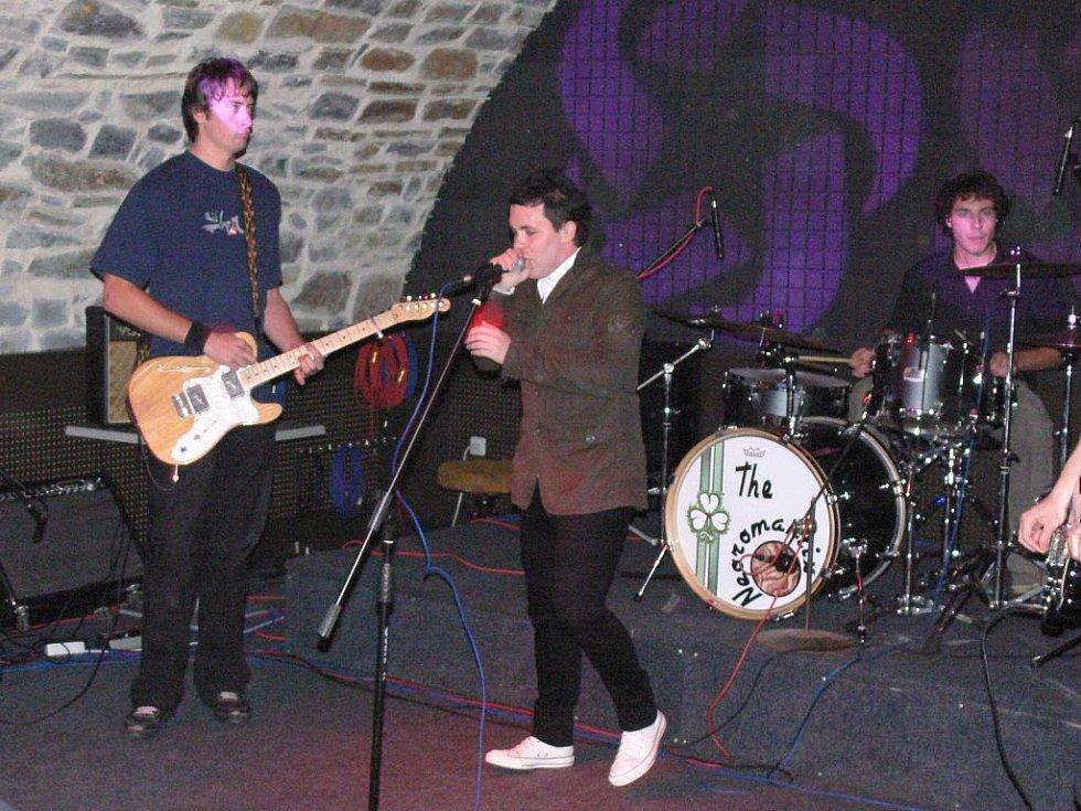 Neoromantix křtil své album v Zámeckém klubu.