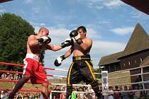Exhibiční boxerská utkání na hradě Helfštýn