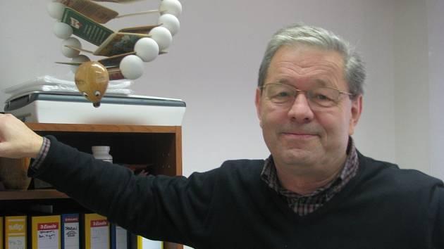 Předávání ocenění pro Pavla Hobzu (a další vědce) mohou diváci sledovat v televizním záznamu slavnostního galavečera Česká hlava 2008, který vysílá 22. listopadu od 21.15 hodin program ČT1.