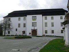 Zámek v Hustopečích nad Bečvou